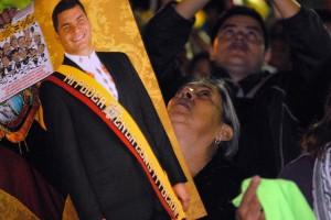 Presidente Correa fue rescatado tras doce horas de permanecer secuestrado por policías sublevados