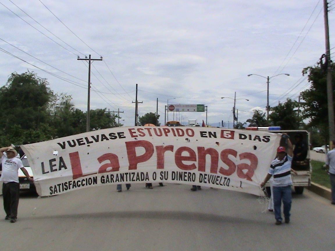 14 horas de protesta y fiesta por aniversario del Frente de Resistencia