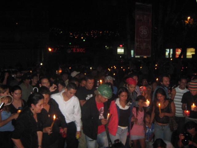 Fotografías marcha con velas 06 de octubre.