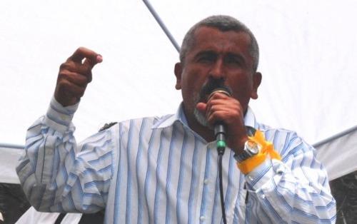 Juan Barahona, Subcoordinador del FNRP, pone en evidencia el doble discurso de los ejecutores del golpe.