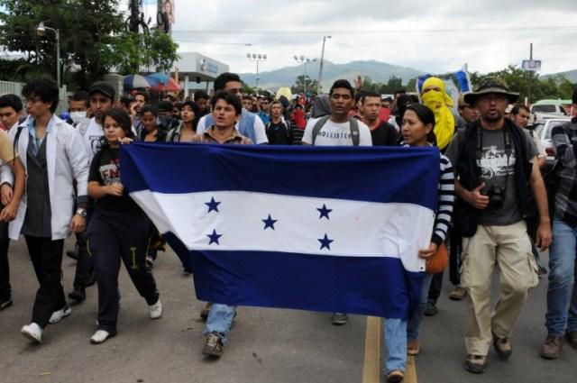 Honduras: Estudiantes continúan protesta contra resultados electorales