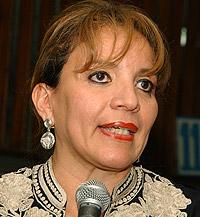 """Xiomara Castro busca apoyo para la """"reconciliación"""" hondureña"""